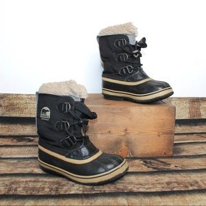Sorel Black Waterproof Winter Boots Size 2